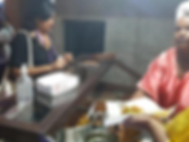 Baianas servindo acarajé no Happy Beer Hour - Hotel Summit