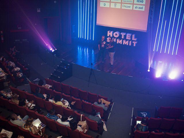 Vista superior da plenária - Hotel Summit 2019
